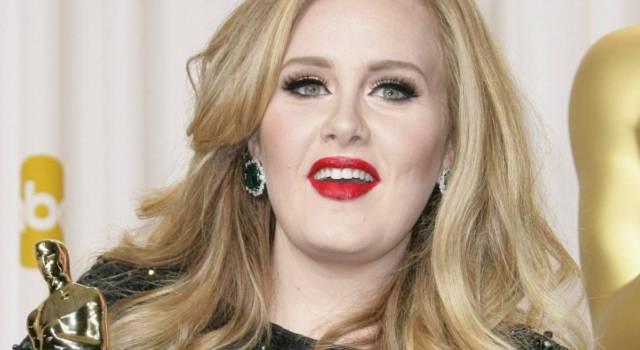"""Adele si racconta dopo sei anni di silenzio: """"Avevo bisogno di felicità"""""""