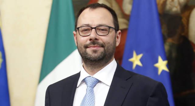 Sapevi che il ministro Stefano Patuanelli è un ingegnere?