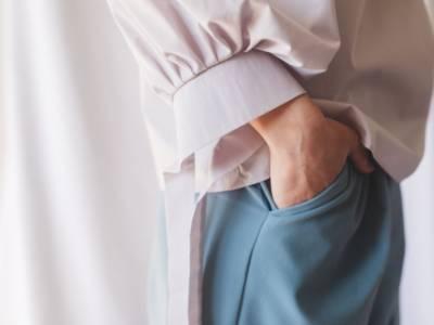 """I pantaloni diventano """"comfy"""": comodi, sportivi e chic. Con la tuta non solo in casa"""
