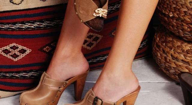 Un'estate sugli zoccoli: ecco le clogs a cui non possiamo dire di no