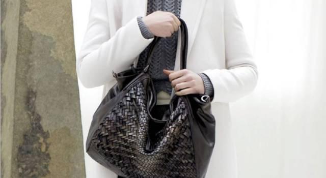 La borsa di una donna è un concetto che va ben oltre l'oggetto fisico, al punto che pochi anni fa le è stata dedicata anche una canzone, portata al Festival di Sanremo da Noemi