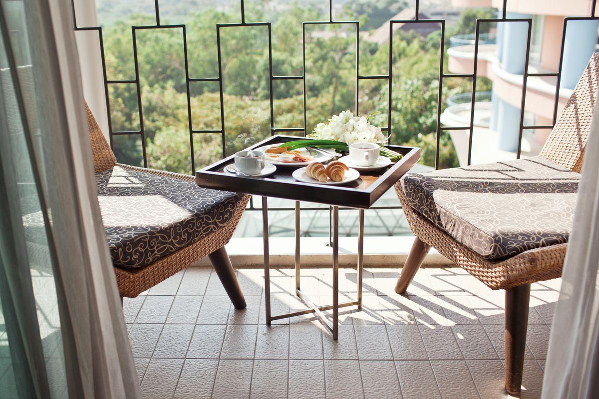 balcone esterno sedie