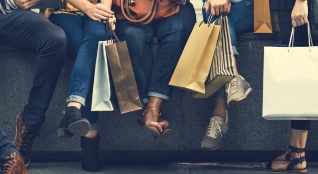 Il fast fashion è in crisi: chiudono gli store, si punta sull'online