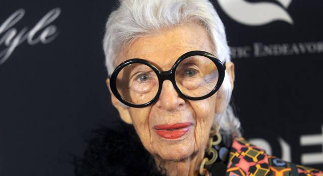 Iris Apfel: tutte le curiosità sull'icona di stile (influencer a 99 anni)