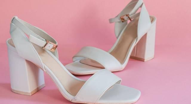 Versatili, chic e comfy: innamorate dei sandali con tacco largo