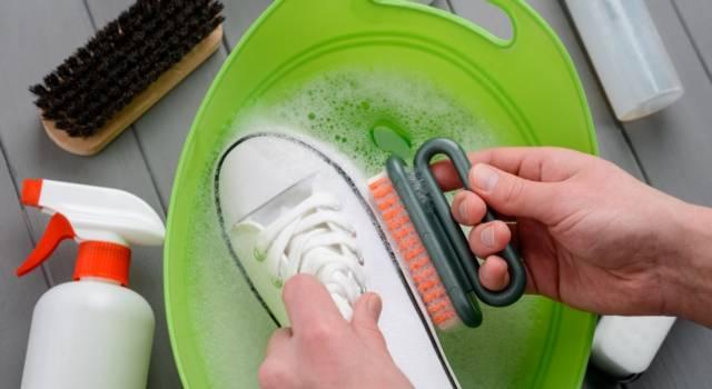 Come lavare le Superga ingiallite