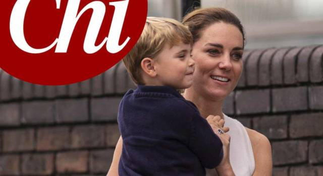 "Kate Middleton a spasso con Louis ""come una mamma normale"""