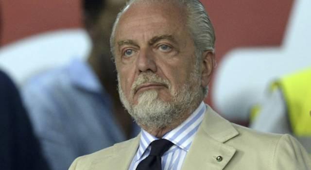 """De Laurentiis positivo al Covid si difende così: """"Ho mangiato troppe ostriche"""""""