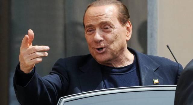 """Silvio Berlusconi dimesso dall'ospedale: """"La prova più pericolosa della mia vita"""""""