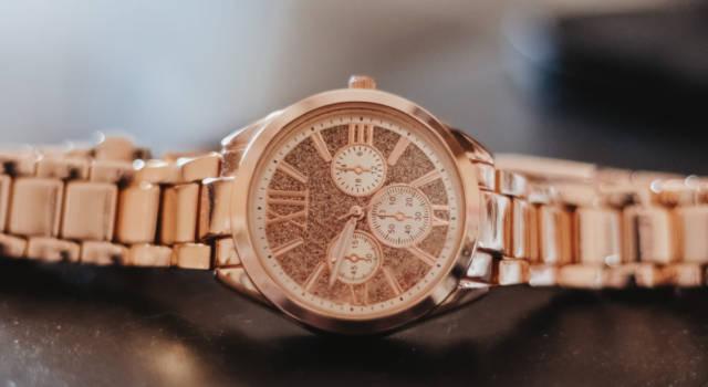 L'orologio gioiello più trendy e prezioso è in oro rosa