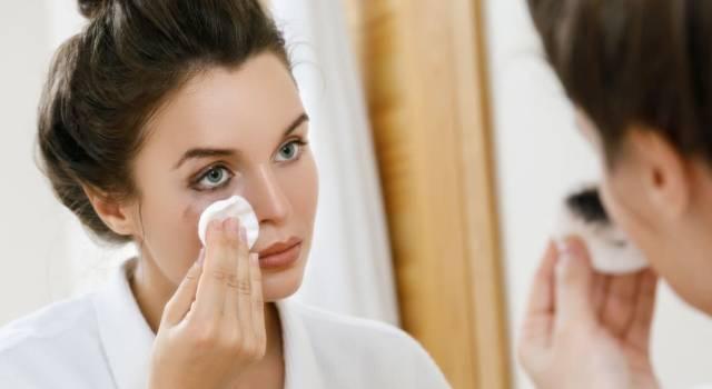 Come togliere il mascara semipermanente