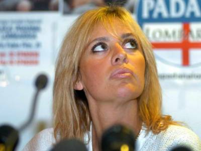 Chi sono Caterina, Clarissa e Romano, i tre figli di Alessandra Mussolini