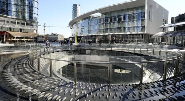 Chi era Gae Aulenti, la designer a cui hanno dedicato una famosa piazza