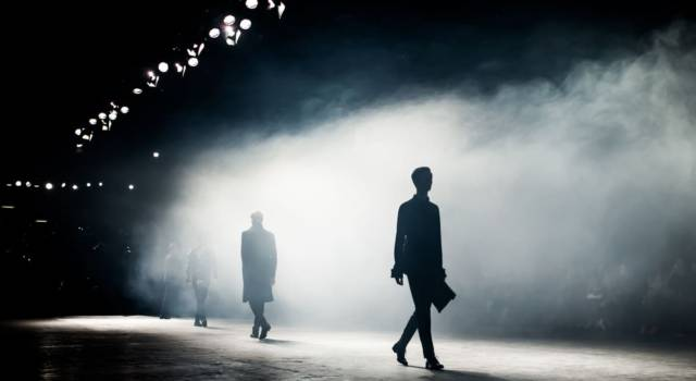 L'autunno-inverno 2021-2022 di Dior: look da principesse in versione dark