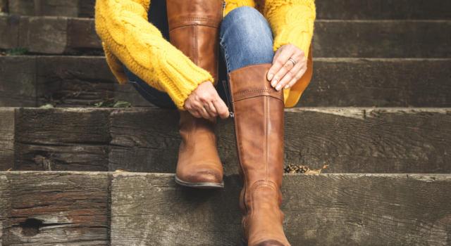 Per l'inverno 2021 si punta anche sugli stivali marroni e le loro nuance