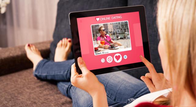 Cos'è e come si usa Bumble, l'app di dating che dà 'potere' alle donne