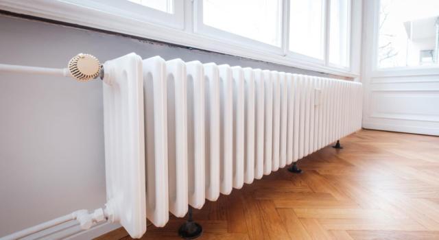 Come pulire i termosifoni e sfiatarli: consigli e trucchi fai da te