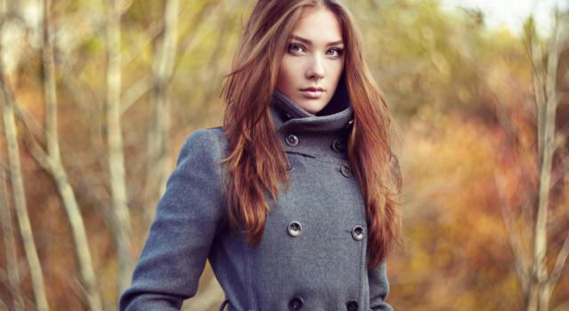 Li abbiamo desiderati e ammirati: ora i cappotti di Zara li acquistiamo con i saldi