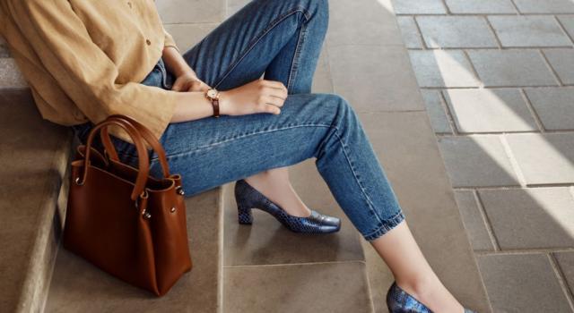 Jeans e tacchi: coppia vincente per gli outfit di primavera