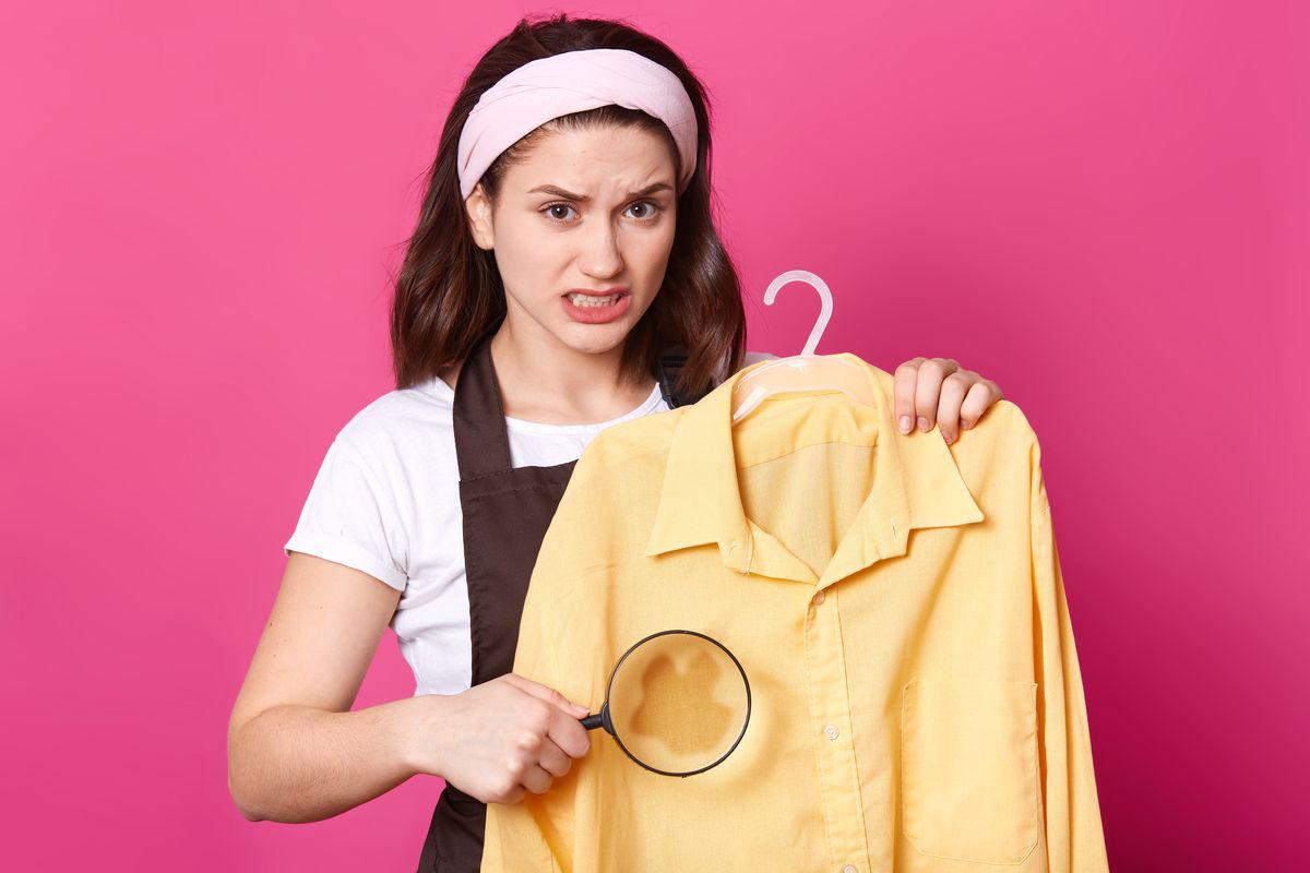 macchia camicia