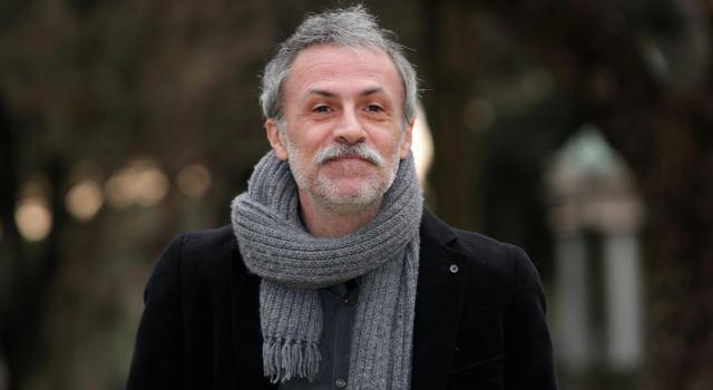 Fabrizio Ferracane: chi è l'attore de La compagnia del Cigno