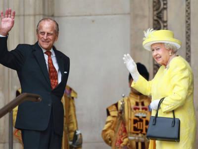 Il Principe Filippo avrebbe compiuto 100 anni: il gesto della Regina Elisabetta
