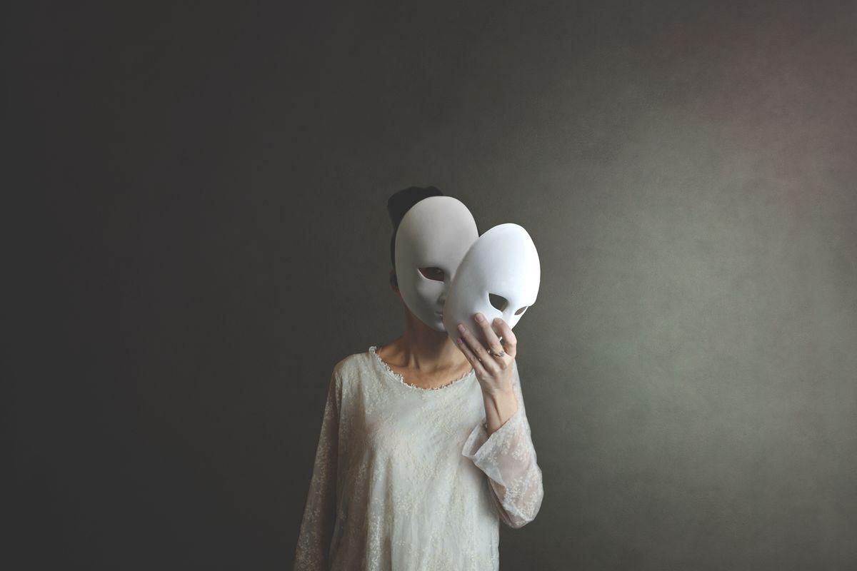 maschera volto donna