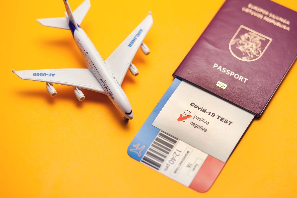 Passaporto e Green Pass per viaggiare