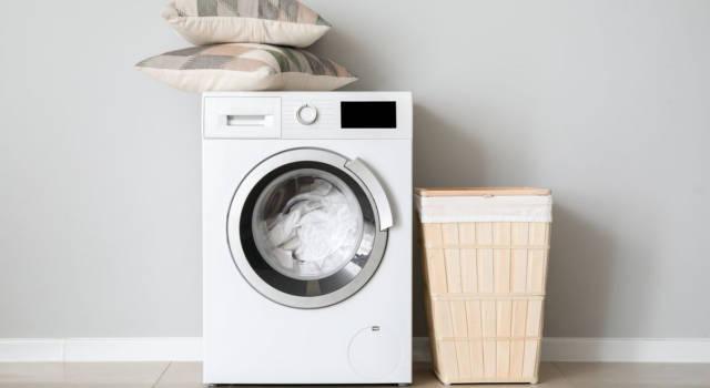Come lavare il piumone in lavatrice: attenzione alla capienza e ai kg!