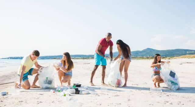 WWF e Calzedonia per un mare senza plastica: parte la #MissioneSpiaggePulite