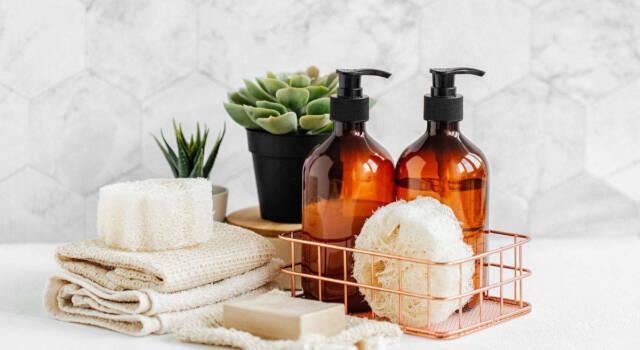 Usi alternativi dello shampoo: ecco i più utili da mettere in pratica