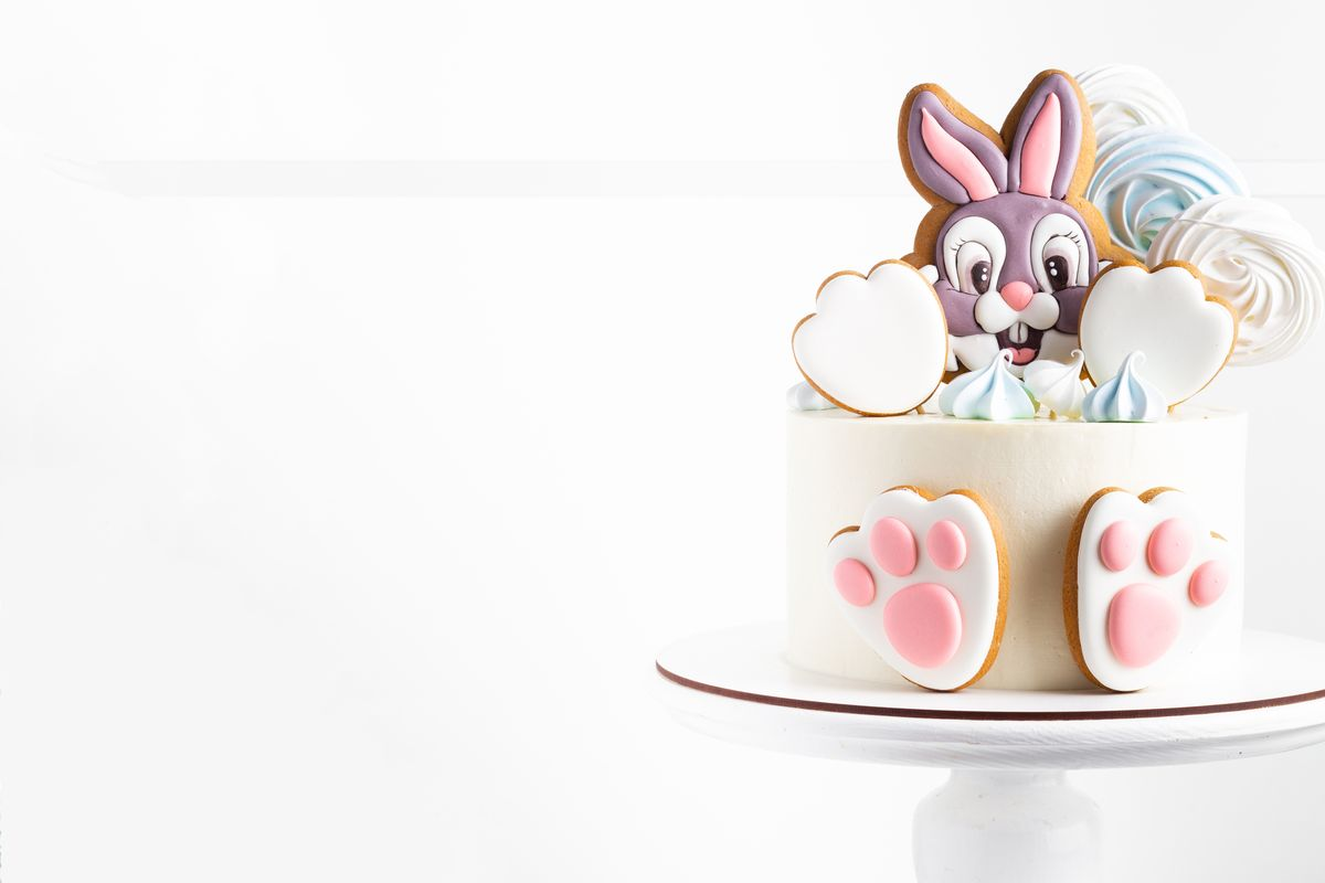 Torta con coniglietto ispirata a Bambi