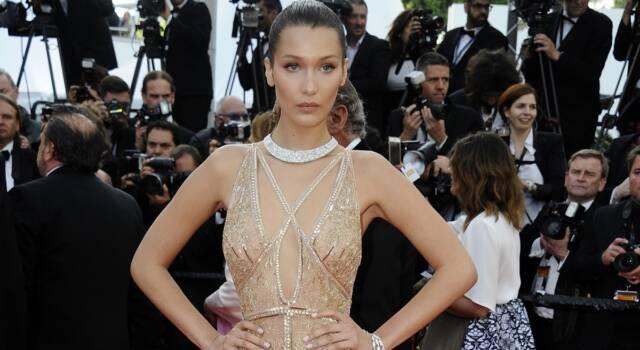 Nel vestito gioiello di Bella Hadid c'è tutta la classe di Cannes e di una top model