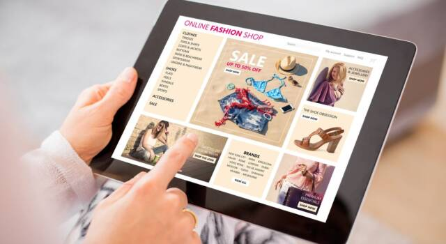 Shein, l'app cinese di shopping online che ha battuto Amazon e sfida il fast fashion
