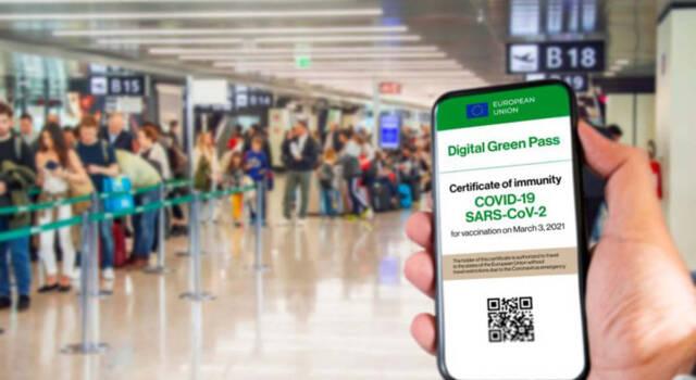 Green Pass obbligatorio da oggi su treni, aerei e bus