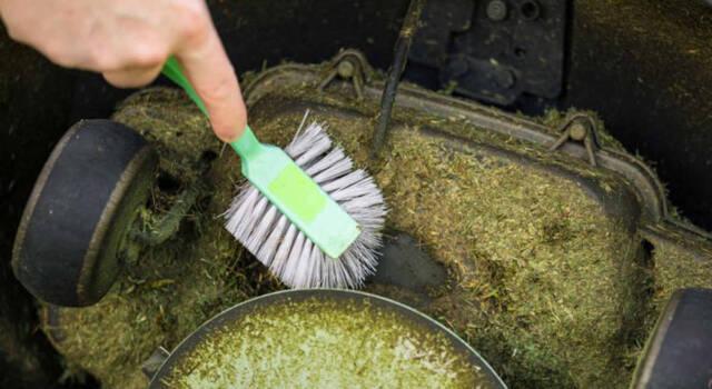Come pulire il tosaerba in modo semplice e veloce