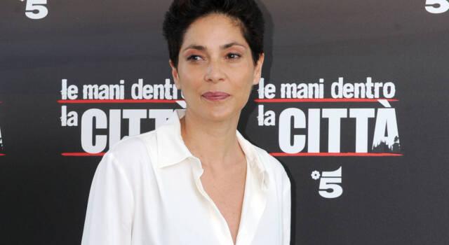 Simona Cavallari, tutto sull'attrice, storico volto di Squadra Antimafia