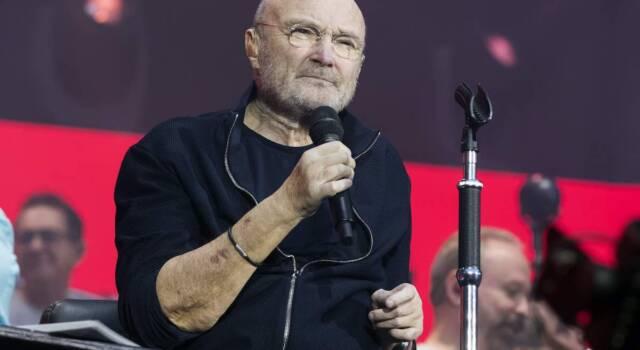 """Il dramma di Phil Collins: """"Riesco a malapena a…"""""""