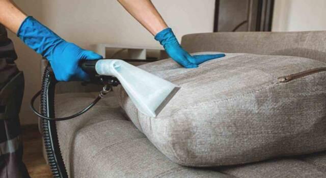 Come lavare a secco in casa in modo pratico e veloce: le regole da seguire