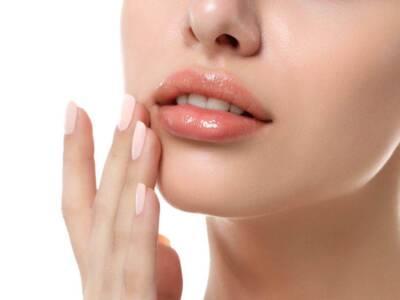 Scrub labbra fai da te: come realizzarne uno del tutto naturale